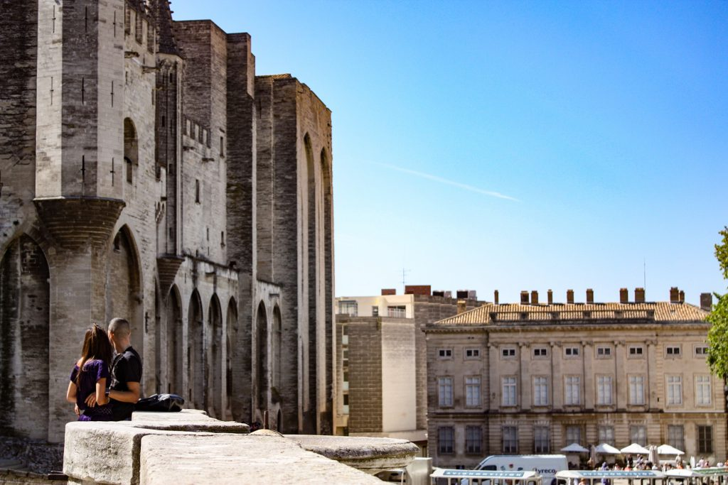 Aktivitäten in Avignon, Städtereise. Palais des Papes, Paptstpalast.